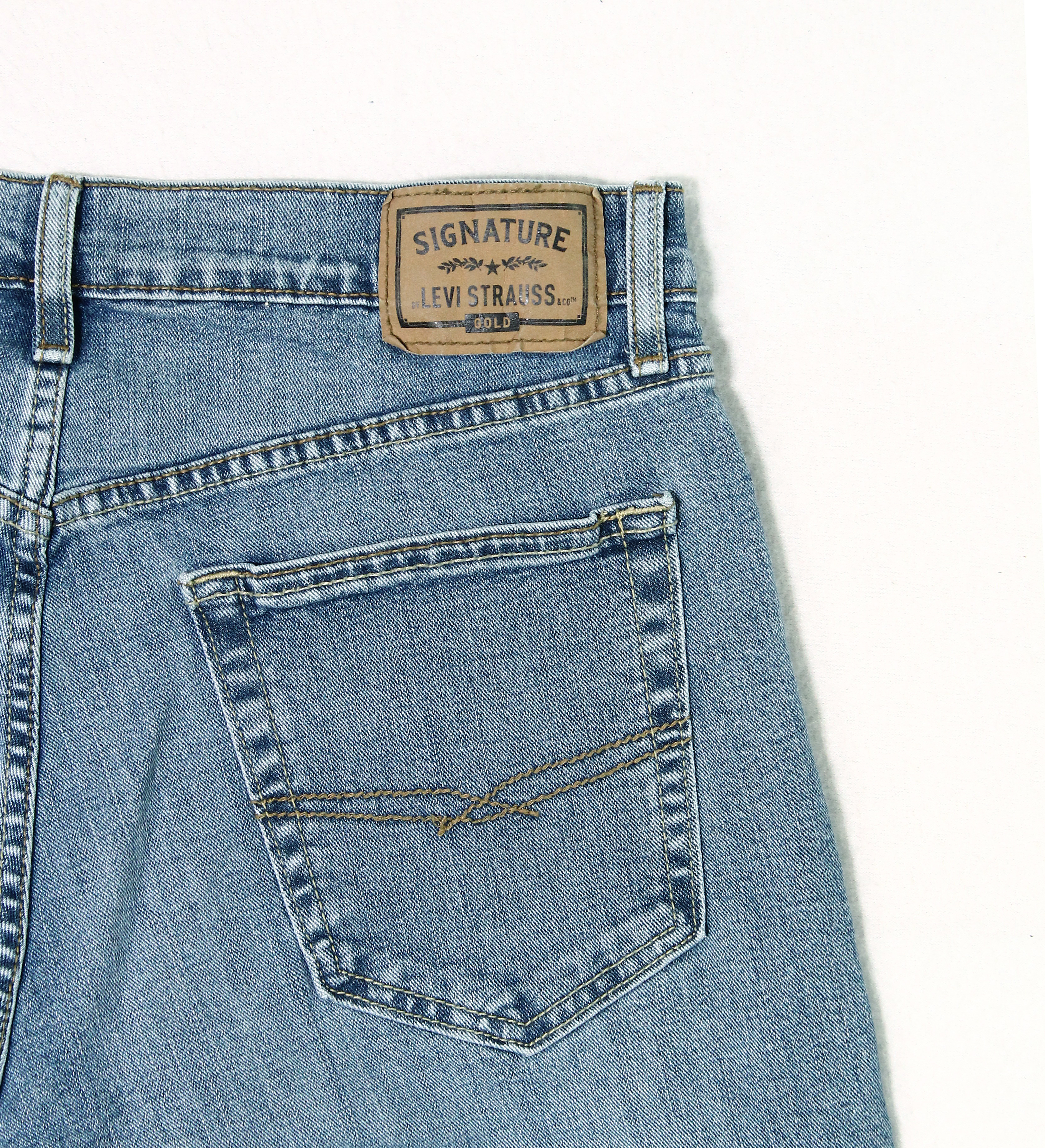 Signature-By-Levi-Strauss-amp-Co-Gold-Label-Titan-Blue-Men-Relaxed-Fit-Jeans thumbnail 6